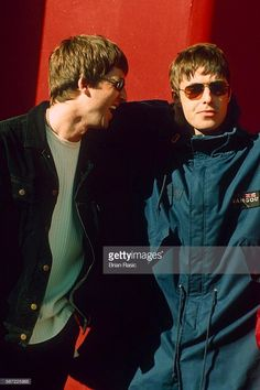oasis-performing-at-westpoint-arena-exeter-britain-sep-1997-oasis-picture-id567225865 682×1,024 pixels