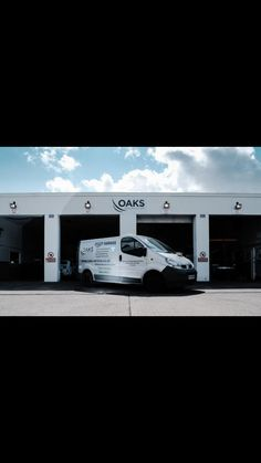 💥All Mot's £20 for 2018💥🚗  Class 4 & 7 🚗 ✅ Cars ✅Vans ✅campers   No service required & FREE of any obligations!  This really is as good as it sounds and it's for the whole of 2018🎉   Come check out the most affordable and best rated garage in Canterbury. We know you won't leave disappointed 😊 www.oaksservice.com