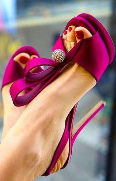 Magenta high heeled sandals