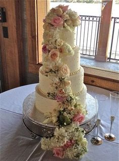 Romantic cascading flowers.