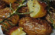 Pečené brambory od babičky Baked Potato, Pork, Potatoes, Meat, Chicken, Baking, Ethnic Recipes, Kale Stir Fry, Potato