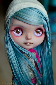 Hot Pink and Blue Girl by Erin Deir ♥, via Flickr