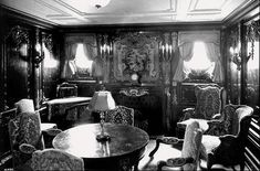 titanic rooms | The sitting room of a first-class parlour suite aboard the RMS Titanic ...