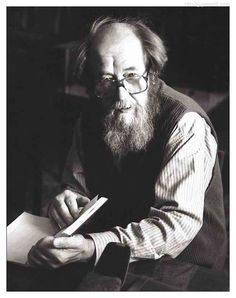 Alexander Solzhenitsyn was a Russian novelist, historian, and short story writer. Writers And Poets, Writers Write, Dostoevsky Quotes, Inspirational Leaders, Prix Nobel, Book Writer, Story Writer, Famous Poets, Best Portraits