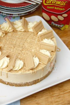 Caramelly and Chocolatey No-Bake Caramac Cheesecake – a Caramac Filling with a Buttery Biscuit Base and delicious decorations! The other day I posted my recipe for myCaramac Cupcakesand they were a resounding success – As I mentioned in that post, I hadn't actually had any Caramac till a couple of weeks before I had made those cupcakes – and I am truly addicted now. My regular readers mentioned that Caramac is probably more of a 70's thing and I can understand that as my Mum said it used…