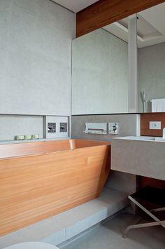 Resultado de imagem para fernanda marques banheiro