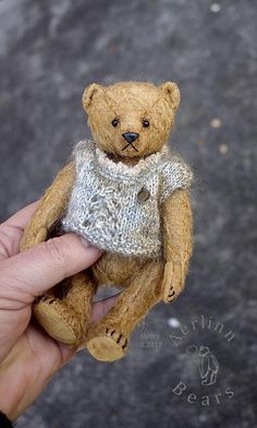 Image of Henry, Miniature Vintage Style Mohair Artist Teddy Bear from Aerlinn Bears