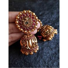 Intricately made earrings with antique finish, lightweight. Jewelry Design Earrings, Gold Earrings Designs, Gold Jewellery Design, Jhumka Designs, Nose Jewelry, Necklace Designs, Gold Temple Jewellery, Antique Jewellery Designs, Antique Jewelry