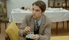 Top 10 Cups-Of-Coffee-In-Cinema — Jean Pierre Leaud in Francois Truffaut's Stolen Kisses . Jean Pierre Leaud, Gold Movie, Francois Truffaut, French New Wave, Coffee And Cigarettes, Movie Screenshots, Terry Pratchett, Photography Words, Cafe Style