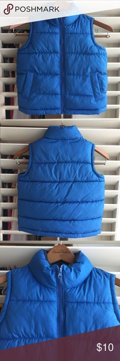 Old Navy Kids Puffer Vest Gently used Old Navy Kids Puffer Vest. Ink pen mark on front of vest please see picture Old Navy Jackets & Coats Puffers