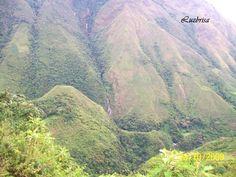 Estas montañas dan un aire de grandeza a ese paisaje lleno de encanto.