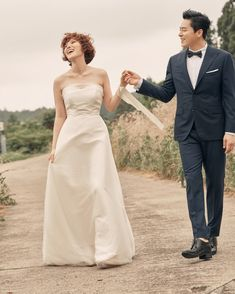 Gummy & Jo Jung Suk's labels reveal the couple is now officially married + share lovely wedding photos!