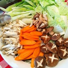 #shabushabu makes eating vegetables fun and delicious. #japanese #homemade #benjimantv