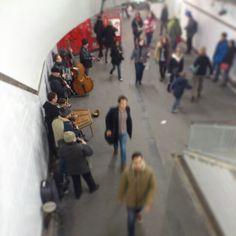 Musique dans le metro parisien !