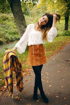 Cord-Rock mit Knöpfen vorne als toller Look für den Herbst