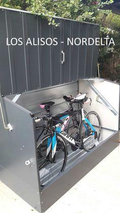 Guarda Bicicletas Trimetals de Acero recubierto en PVC.  Caso de Exito instalado con Piso de Metal Opcional en Country Los Alisos - Nordelta  Producto Nuevo. Producto Fabricado en UK. Outdoor Bike Storage, Bicycle Storage, Motorbike Storage, Air Conditioner Cover, Pallet Shed, Bike Shed, Home Tech, Container House Design, Garage Storage