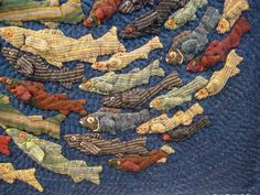 Nice fish quilt from the International Quilt Festival. Quilt Festival, Tutorial Patchwork, Fish Quilt, Creation Art, Quilt Modernen, Japanese Embroidery, Embroidery Thread, Embroidery Patterns, Crewel Embroidery