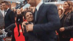 "What just happened?! Mark Ruffalo picked up Chris Hemsworth like it was no big deal and then Tom gives Mark a look like ""no he's my brother"" *gif*"