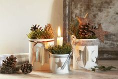 Make Christmas decorations yourself: little effort – big impact! Christmas Decorations To Make, Christmas Holidays, Hygge, Deco Table Noel, Diy Décoration, Xmas Crafts, Halloween, Repurposed, Planter Pots