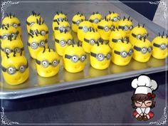 Doces modelados, Shaped candy, Sweet, Leite em pó, Leite Ninho. Pagina: Monike Doces Artesanais Tema: Minions