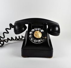 Vintage black phone