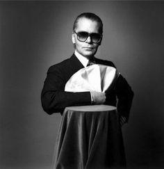 Karl Lagerfeld, couturier, photographe et éditeur allemand (1933) - photographie Jeanloup Sieff.