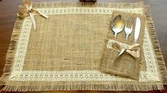 Burlap placemat, silverware pocket for rustic table decorations and burlap Simple, rustic and elegant! This table setting contains burlap placemat with silverware pocket. This adorable set made of natural burlap, and I Burlap Utensil / Silverware Holder w Burlap Projects, Burlap Crafts, Diy And Crafts, Burlap Lace, Hessian, Wedding Table Decorations, Decoration Table, Burlap Table Runners, Lace Table