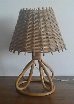 Vintage Wicker table lamp 70s por tommybanana en Etsy