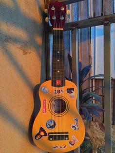 ukulele|adesivos|aesthetic|ukulele inspirações Ukulele Art, Ukulele Songs, Ukulele Chords, Siper Man, Ukulele Design, Teatro Musical, Yellow Aesthetic Pastel, Music Collage, Guitar Photos