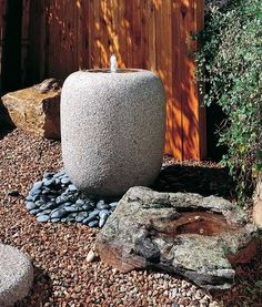 stone forest natsume basin Traditional Japanese Stone Basins from Stone Forest garden basin collection Glass Planter, Wooden Planters, Stone Fountains, Outdoor Fountains, Water Fountains, Stone Basin, Hanging Mason Jars, Art Deco, Forest Garden