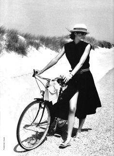 Lojra me bicikleta online dating