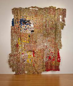 "El Anatsui (Ghana), ""Three Sectors"", 2011. Aluminium and copper wire, 306 x 302 cm."