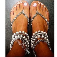 Shoespie Beading Rhinestone Thong Flat Sandals