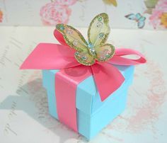 Butterfly wedding favor box.  Cute colors!