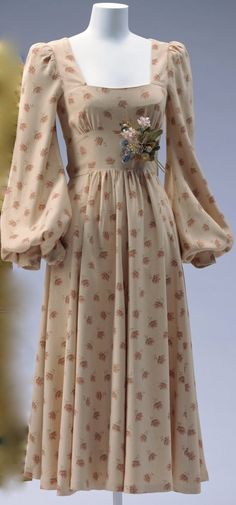 So, You Want to Sew Your Own Biba Dress/Thoughts on a Birthday I Never Imagined I'd See Biba Fashion, Retro Fashion, Trendy Fashion, Vintage Fashion, Womens Fashion, Cheap Fashion, Winter Fashion, Fashion Tips, Pretty Outfits