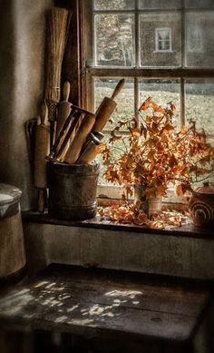 This Pin was discovered by Esubrosa. Discover (and save!) your own Pins on Pinterest. | See more about window, rolling pins and kitchen windows..