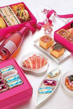 フォションからお花見ボックスが限定発売 - サンドウィッチに桜のパン、エクレアまで - http://www.fashion-press.net/news/15682