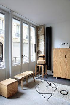 Quelques meubles en expo dans la POCKET GALLERY … en Batipin, encore du Batipin, Batipin forever ! Design NICOLAS LANNO  Design Paris