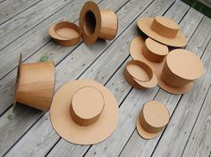 DIY Cardboard Hats - instructions for a ladies tea party hat, railroad engineer and a Mad Hatter Top Hat! Mad Hatter Diy Costume, Costume Hats, Boy Costumes, Kids Top Hat, Kids Hats, Paper Hat Diy, Paper Hats, Mad Hatter Top Hat, Knight Costume