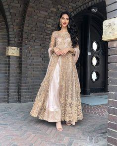 Asian Wedding Dress, Pakistani Wedding Outfits, Pakistani Dresses Casual, Indian Bridal Outfits, Pakistani Wedding Dresses, Indian Fashion Dresses, Pakistani Dress Design, Pakistani Gowns, Nikkah Dress