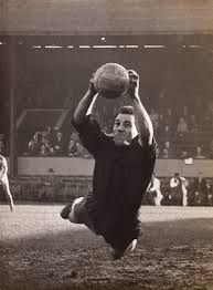 Ron Springett began his career at QPR in 1953. He moved to Sheffield Wednesday for £10,000 in 1958 and made 384 appearances for Wednesday before returning to QPR in May 1967.  Beginning in 1962 Springett made 33 appearances for England, all while at Sheffield Wednesday and until then the most appearances by any Sheffield Wednesday player. He held this club record for 26 years.  He was a non-playing member of the England squad, that won the 1966 World Cup by beating West Germany by 4 goals to…
