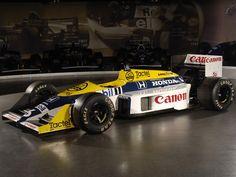 Williams FW 11B -Honda-(1987) Diseño Patrick Head, Sergio Rinland Pilotos Nigel Mansell, Riccardo Patrese y Nelson Piquet