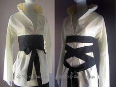 Kimono Blouse White Blouse Corset Birdcage Japanese by LoVDdesign Japanese Kimono, Japanese Fashion, Kimono Blouse, Plus Size Corset, Diy Schmuck, Black Corset, Couture, Fashion 2020, Plus Size Outfits