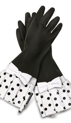 Black Polka Dot Kitchen Gloves♡♡♡♡♡.