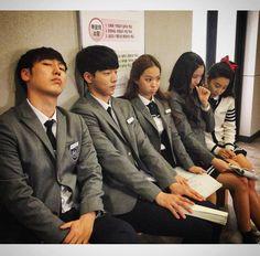 Who Are You School 2015, Teen Series, Korean Tv Shows, Kim Sohyun, Korean Drama Quotes, Anime Couples Drawings, Joo Hyuk, Yook Sungjae, Korean Celebrities