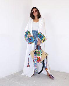 Abaya Fashion, Muslim Fashion, Modest Fashion, Fashion Dresses, Kaftan Designs, Mode Turban, Look Street Style, Street Styles, Mode Kimono