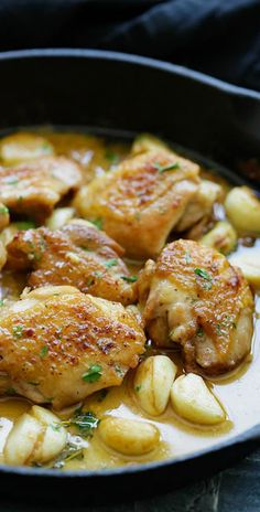 Creamy Garlic Chicken – crazy delicious skillet chicken with creamy garlic and wine sauce. Perfect with pasta and dinner is ready in 20 mins   rasamalaysia.com