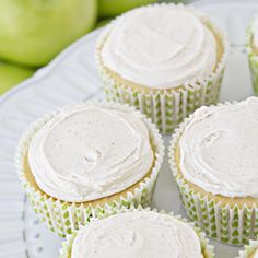 All the flavors of the classic Apple Pie in an easy to make cupcake!