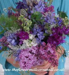 Late May wedding..................by www.theflowermillcornwall.co.uk