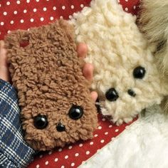 These are cool cause they look like my old bathroom rug!!  The part my dog didn't pee on!